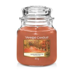 Yankee Candle Woodland Road Trip Średnia Świeca Zapachowa 411g